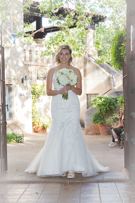 Tlaquepaque chapel wedding