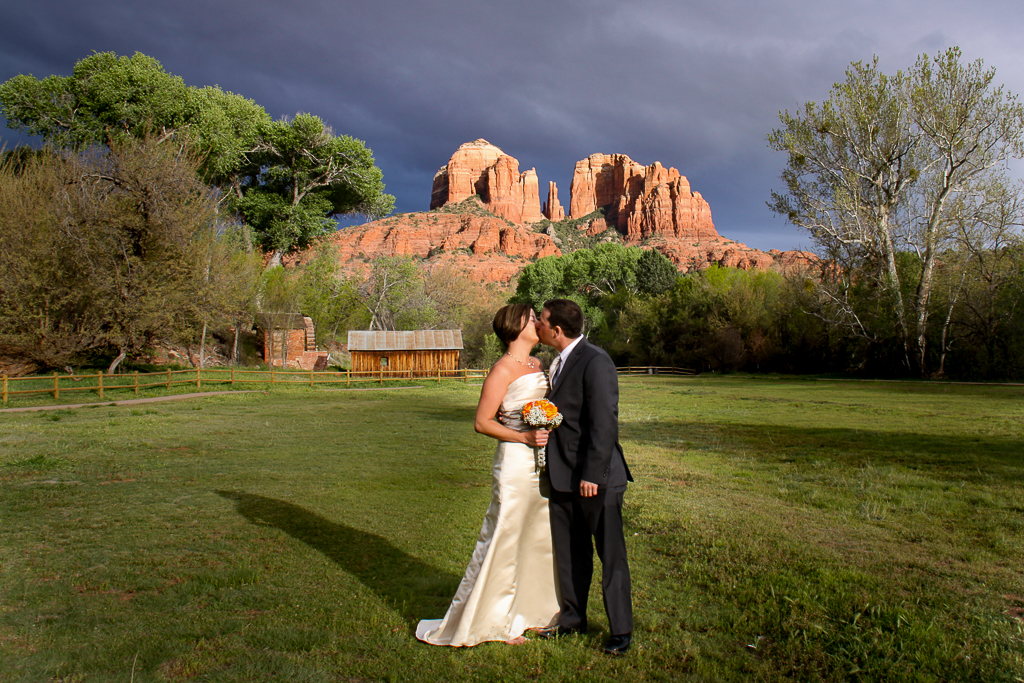 crescent moon ranch wedding in winter sedona wedding photo