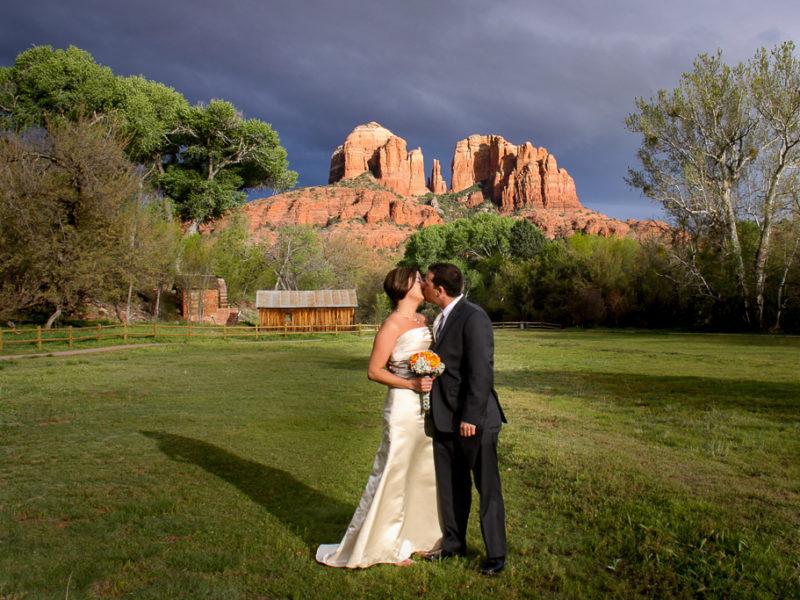 crescent moon ranch wedding in winter sedona wedding photo