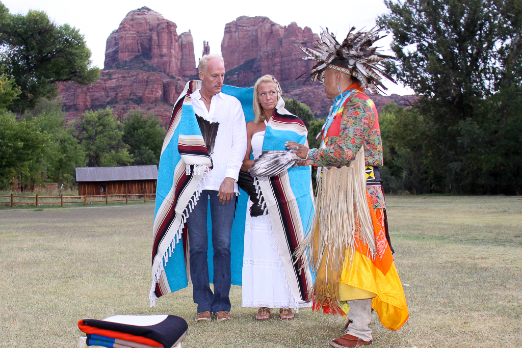 Crescent-Moon-Ranch-Native-wedding-ceremony