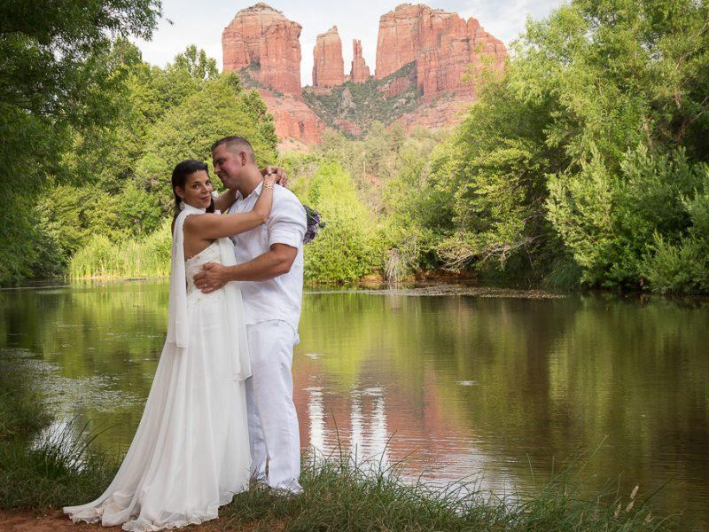 red rock crossing sedona wedding photo